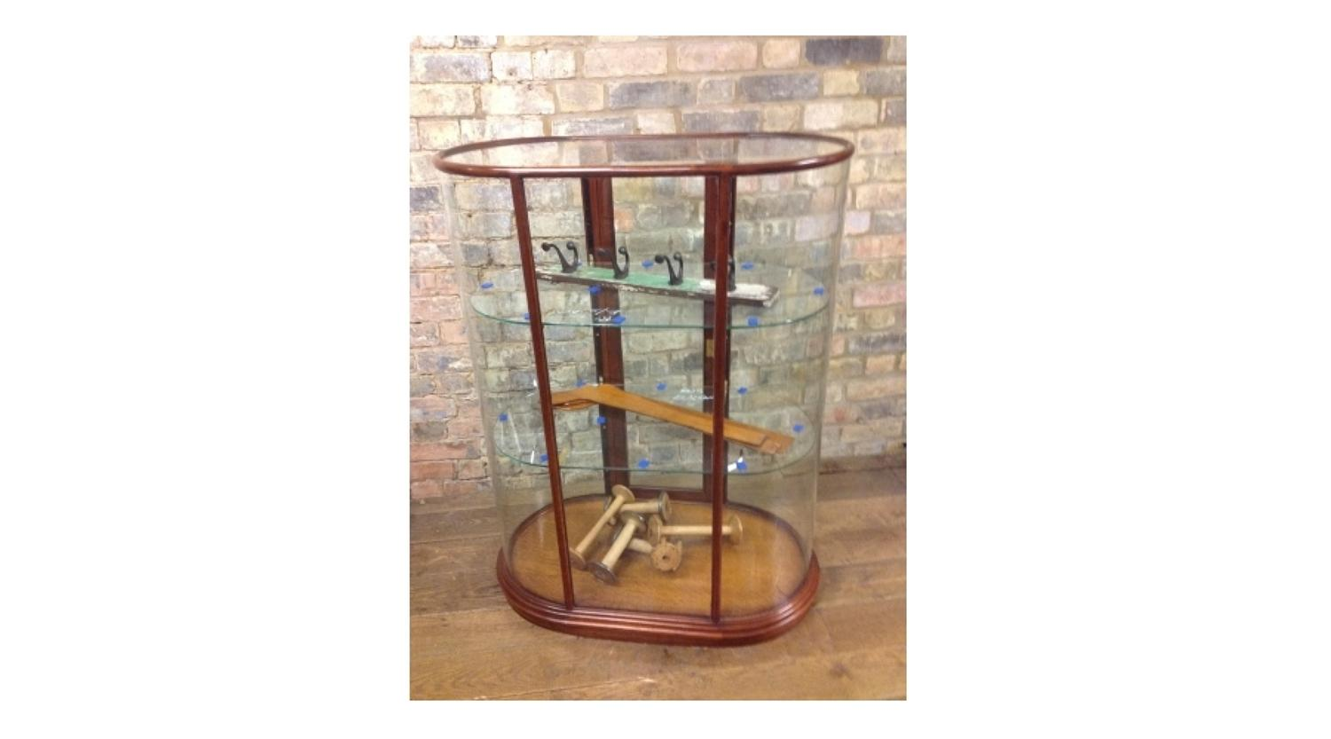 Victorian Looking Double Ended Bow Small Counter