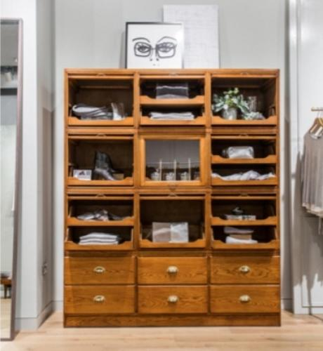 Vintage Style Oak Drapers Drawers Unit with Lift Up Doors