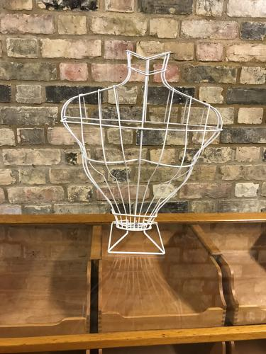 Antique style wire bust