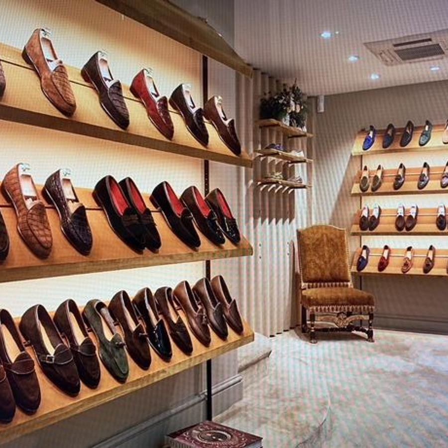 Shoe Display Shelving